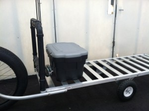 bicycle trailer with optional rod rack and stowage, on the open slat bed